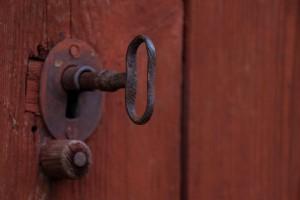 Ekeby by Nyckel i dörr för webb